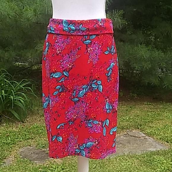 "LuLaRoe ""Cassie"" Stretch Print Skirt"